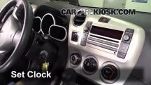 2009 Pontiac Vibe 2.4L 4 Cyl. Clock
