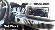 2009 Volkswagen Routan SEL 4.0L V6 Clock