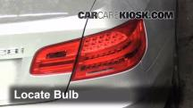 2011 BMW 328i xDrive 3.0L 6 Cyl. Coupe (2 Door) Luces