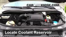 2011 Mercedes-Benz Sprinter 2500 3.0L V6 Turbo Diesel Standard Passenger Van Pérdidas de líquido