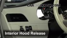 2011 Toyota Sienna XLE 3.5L V6 Capó