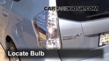 2012 Toyota Prius V 1.8L 4 Cyl. Luces
