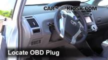 2012 Toyota Prius V 1.8L 4 Cyl. Compruebe la luz del motor