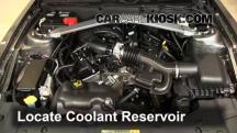 2013 Ford Mustang 3.7L V6 Convertible Pérdidas de líquido