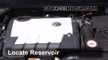 2013 Volkswagen Golf TDI 2.0L 4 Cyl. Turbo Diesel Hatchback (4 Door) Líquido limpiaparabrisas