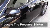 2014 Kia Cadenza Premium 3.3L V6 Tires & Wheels