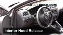 2014 Volkswagen Jetta SE 1.8L 4 Cyl. Turbo Sedan (4 Door) Capó