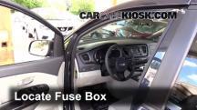 2015 Kia Sedona LX 3.3L V6 Fusible (interior)