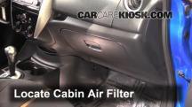 2015 Nissan Versa Note S 1.6L 4 Cyl. Filtro de aire (interior)
