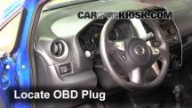 2015 Nissan Versa Note S 1.6L 4 Cyl. Compruebe la luz del motor