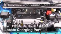 2015 Toyota Yaris LE 1.5L 4 Cyl. Hatchback (4 Door) Aire Acondicionado