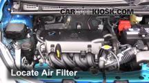 2015 Toyota Yaris LE 1.5L 4 Cyl. Hatchback (4 Door) Filtro de aire (motor)