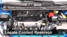 2015 Toyota Yaris LE 1.5L 4 Cyl. Hatchback (4 Door) Pérdidas de líquido