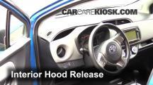 2015 Toyota Yaris LE 1.5L 4 Cyl. Hatchback (4 Door) Capó