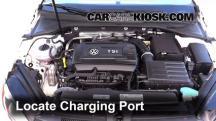 2016 Volkswagen GTI S 2.0L 4 Cyl. Turbo Hatchback (4 Door) Aire Acondicionado
