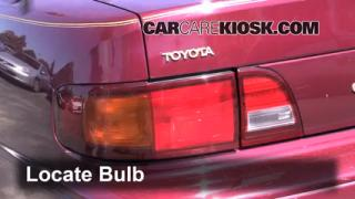 Tail Light Change 1992-1996 Toyota Camry