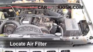 1993-1998 Jeep Grand Cherokee Engine Air Filter Check