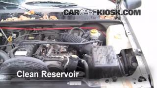 1998 Jeep Grand Cherokee TSi 4.0L 6 Cyl. Brake Fluid Check Fluid Level