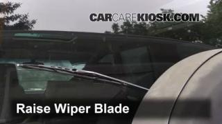 1998 Land Rover Discovery LSE 4.0L V8 Windshield Wiper Blade (Rear) Replace Wiper Blade