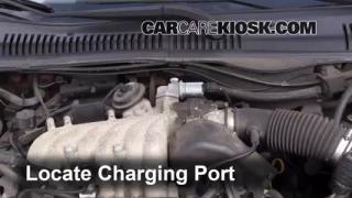 How to Add Freon in a 1996-1999 Ford Taurus