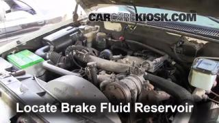 2000 Chevrolet K3500 6.5L V8 Turbo Diesel Cab and Chassis Brake Fluid Check Fluid Level
