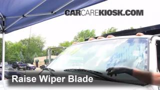 2000 Chevrolet K3500 6.5L V8 Turbo Diesel Cab and Chassis Windshield Wiper Blade (Front) Replace Wiper Blades