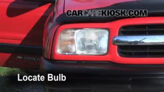 Parking Light Change 1999-2005 Suzuki Grand Vitara