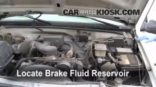 1990-2000 GMC C3500 Brake Fluid Level Check
