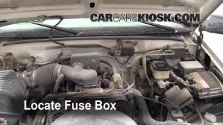 Replace a Fuse: 1990-2000 GMC C3500