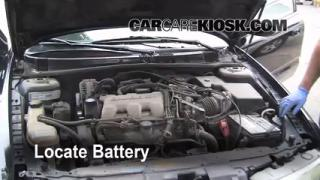 2000 Oldsmobile Alero GL 3.4L V6 Sedan (4 Door) Battery Replace