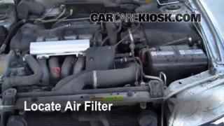 2000-2004 Volvo V40 Engine Air Filter Check