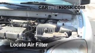 2001-2006 Hyundai Santa Fe Engine Air Filter Check