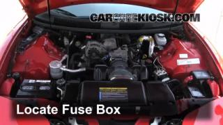 Replace a Fuse: 1993-2002 Pontiac Firebird