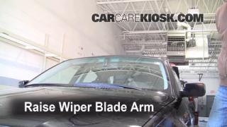 Front Wiper Blade Change BMW 325i (1999-2006)