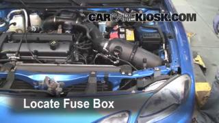 Replace a Fuse: 1997-2003 Ford Escort