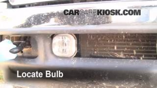 2002 Ford F-250 Super Duty Lariat 7.3L V8 Turbo Diesel Extended Cab Pickup (4 Door) Lights Fog Light (replace bulb)