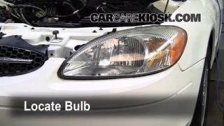 2002 Ford Taurus SE 2-Valve 3.0L V6 Lights Turn Signal - Front (replace bulb)
