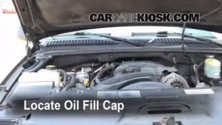 How to Add Oil GMC Sierra 2500 HD (1999-2007)