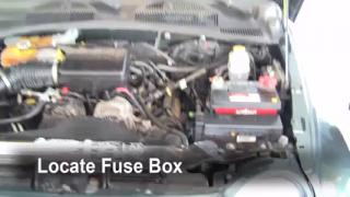 2002 Jeep Liberty Limited 3.7L V6 Fuse (Engine) Replace
