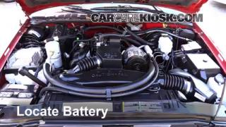 Battery Replacement: 1994-2004 Chevrolet S10