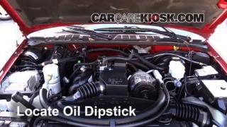 Check Oil Level 1994-2004 Chevrolet S10