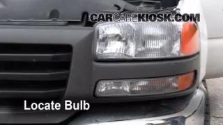 Headlight Change 1999-2007 GMC Sierra 1500