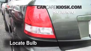 Tail Light Change 2003-2009 Kia Sorento