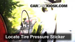 2003 Lincoln Aviator 4.6L V8 Tires & Wheels Check Tire Pressure