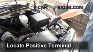 How to Jumpstart a 1999-2007 Chevrolet Silverado 1500