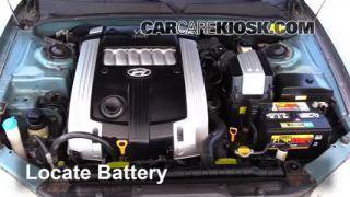 2004 Hyundai XG350 L 3.5L V6 Battery Replace