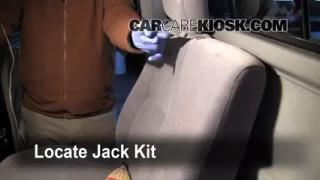 1995-2004 Toyota Tacoma Jack Up How To