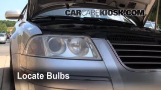 2004 Volkswagen Passat GLX 2.8L V6 Wagon Lights Turn Signal - Front (replace bulb)