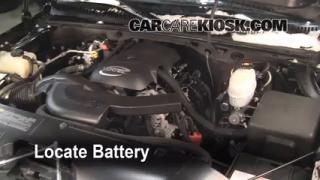 Battery Replacement: 2002-2006 Chevrolet Avalanche 1500