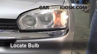 2005 Chevrolet Malibu 2.2L 4 Cyl. Lights Highbeam (replace bulb)